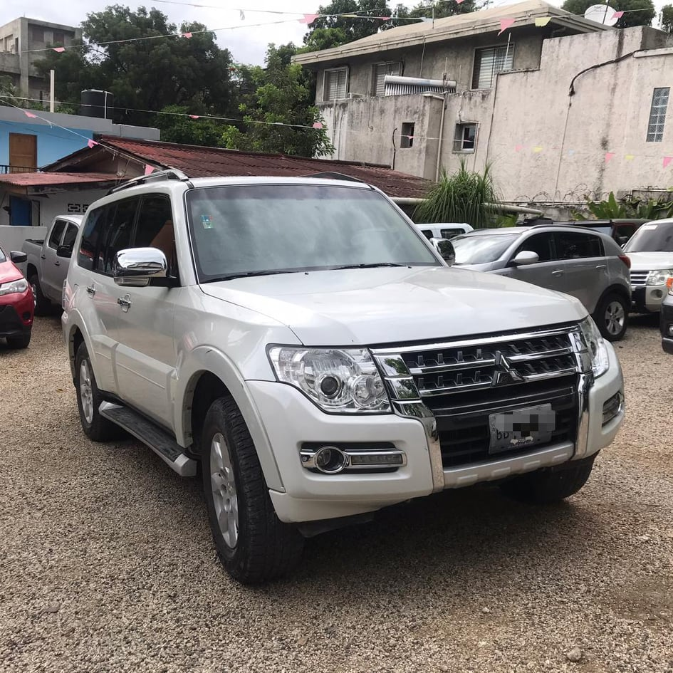 2018 Montero Turbo Diesel disponible en Haiti