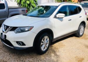 Nissan Rogue 2015 disponible en Haiti
