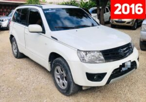 2016 Suzuki Grand Vitara disponible en Haiti