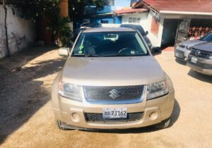 2006 Suzuki Grand Vitara disponible en Haiti
